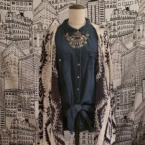 Torrid Size 2 Chambray Button Down Shirt